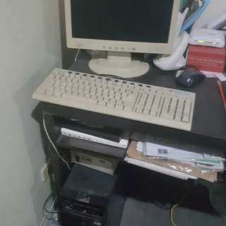 Computer set with avr n speaker
