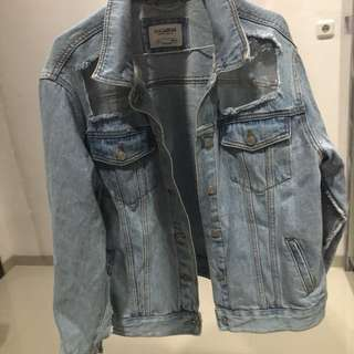 PULL&BEAR RIPPED DEMIN JACKET ORIGINAL