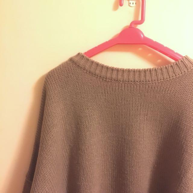 二手衣 韓網可可針織上衣前短後長