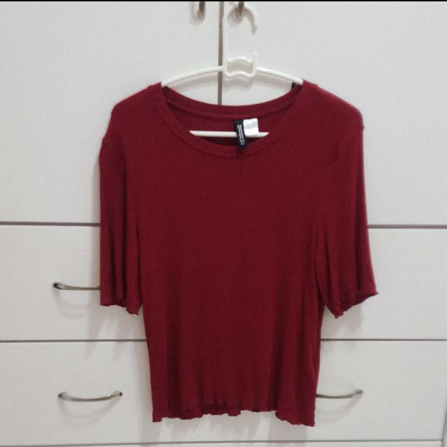 ☀️ H&M Divided Maroon Ribbed Top #PBF80