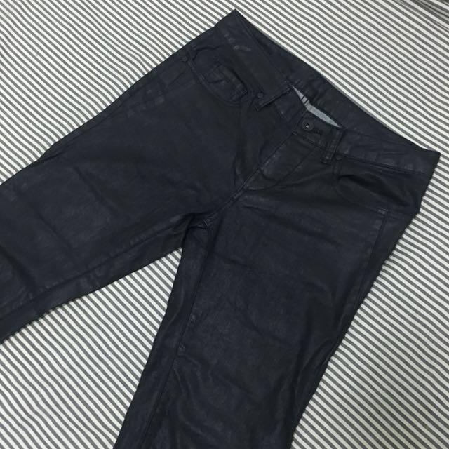【Agnes b.】Sport b. 黑色仿皮牛仔褲