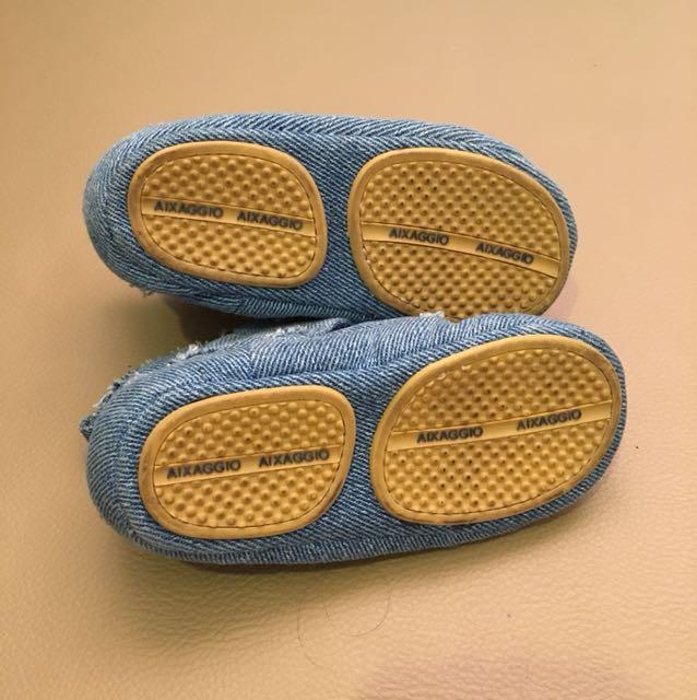 aixaggio shoes