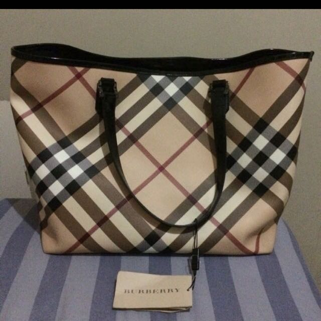 AUTHENTIC Burberry Nova Nickie Tote Large