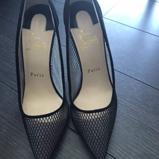 Authentic never worn Christian Louboutin pumps