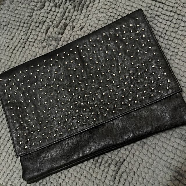Bershka Accessories clutch / pouch in black