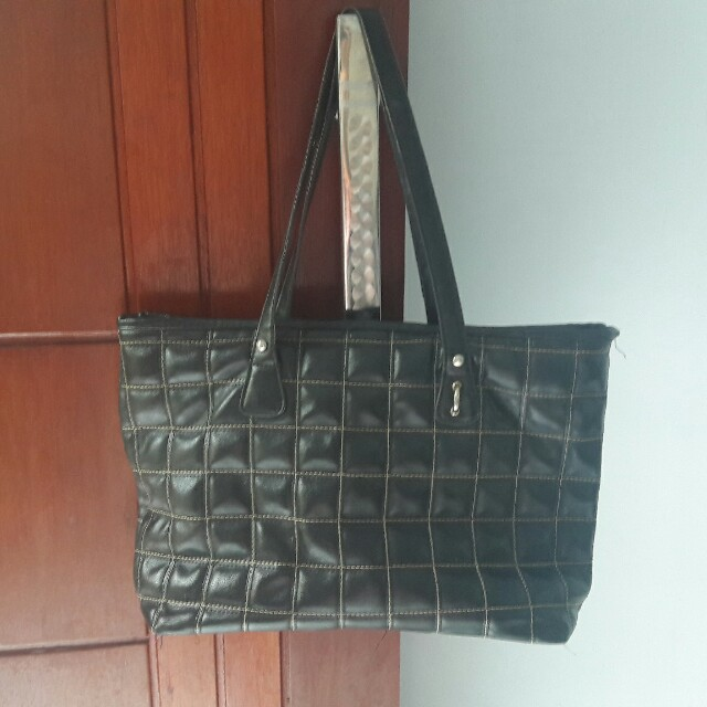 Black square bag
