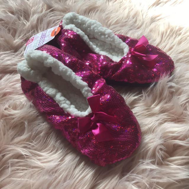 Brand New Underworks Pink Sequin Slippers Size 5-8
