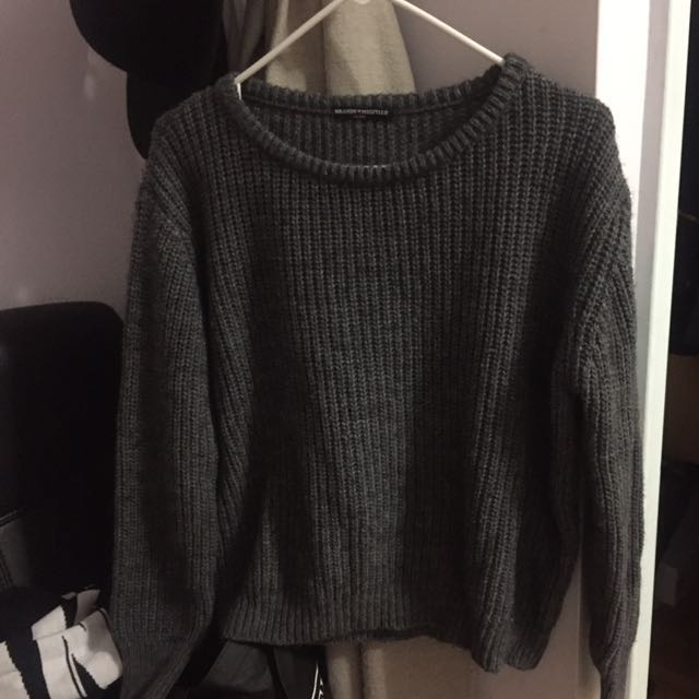 Brandy Melville grey sweater one size