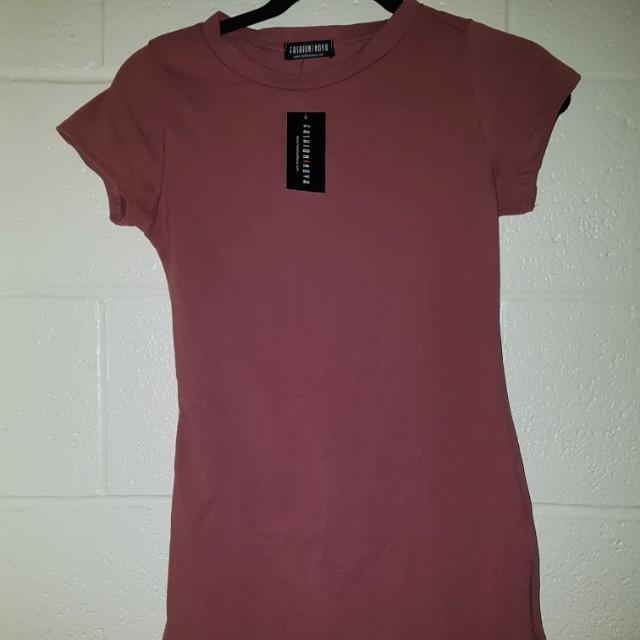 Dark pink t-shirt dress