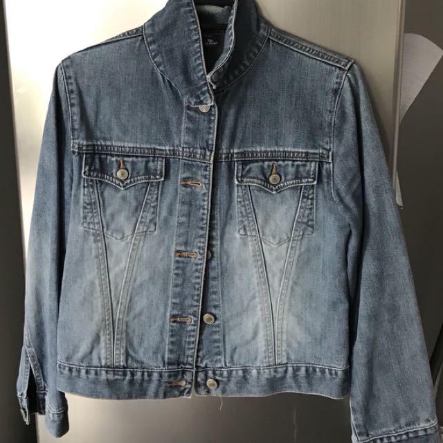 Denim Jacket Gap Brand (Size 12)