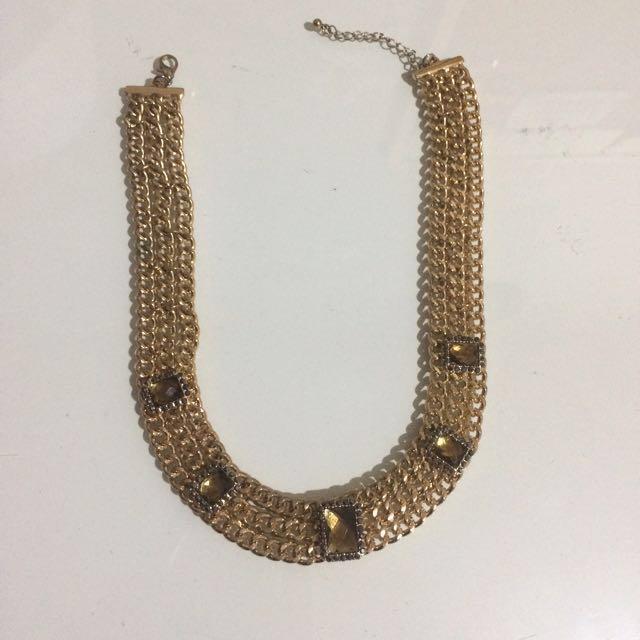 Elegant Gold Necklace