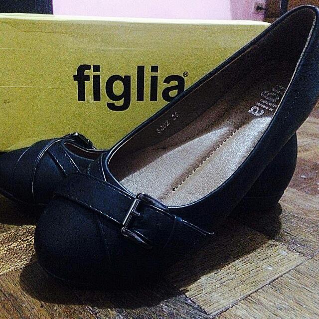 Figlia black Shoes  Size 6 Brandnew