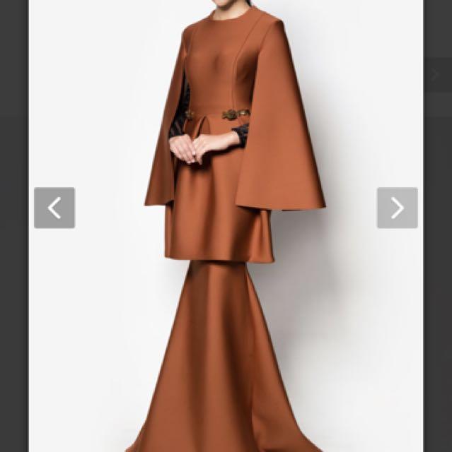 fiziwoo U-thant brown cape sleeve baju kurung by fiziwoo