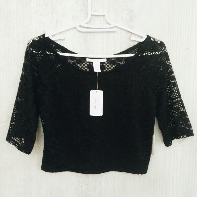 Forever 21 - Knit Top/SSLV Black