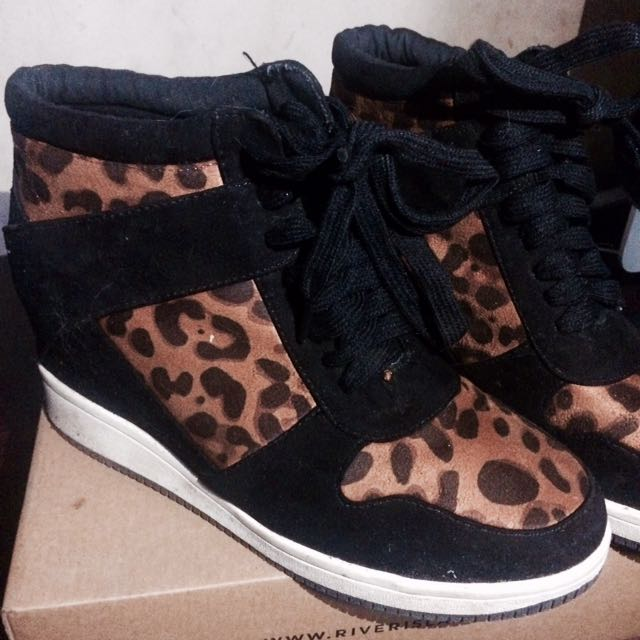 Forever 21 high top wedge sneaker ❤  d809f2cea