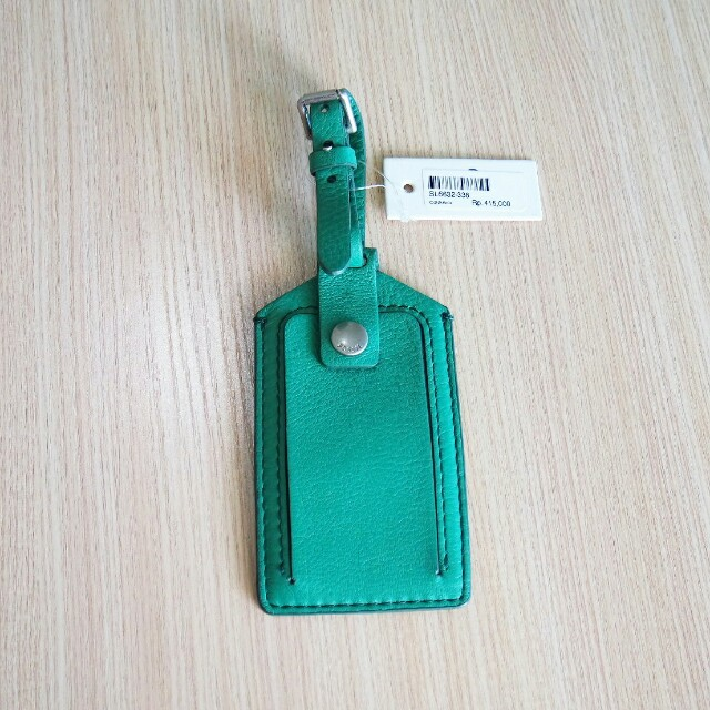 Fossil Authentic Leather Luggage tag original