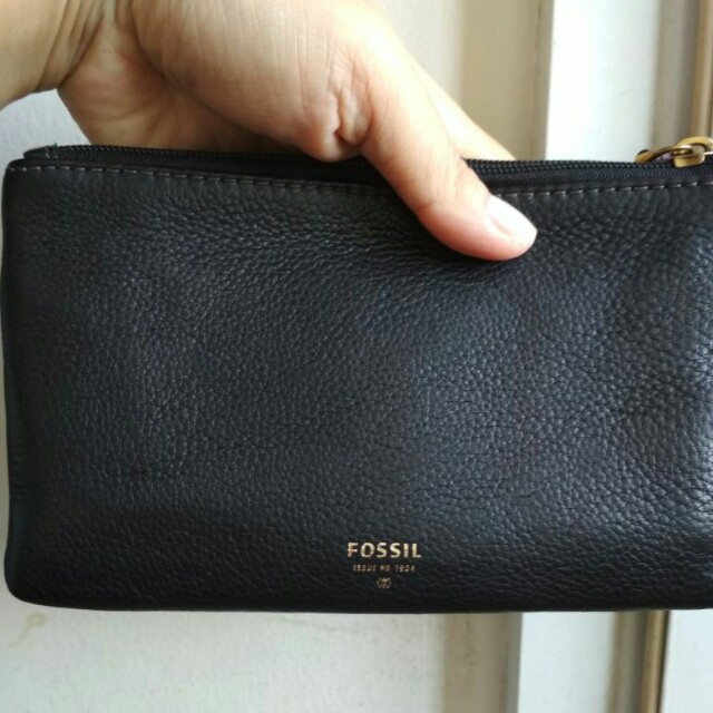 Fossil molly clutch wallet