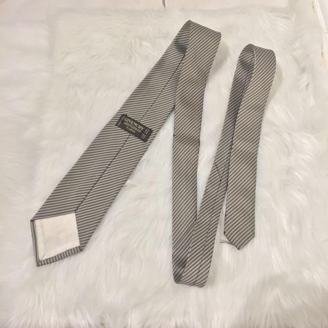Givenchy Gentleman Tie