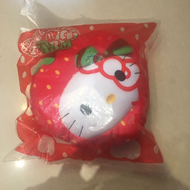 草莓Hellokitty抱枕