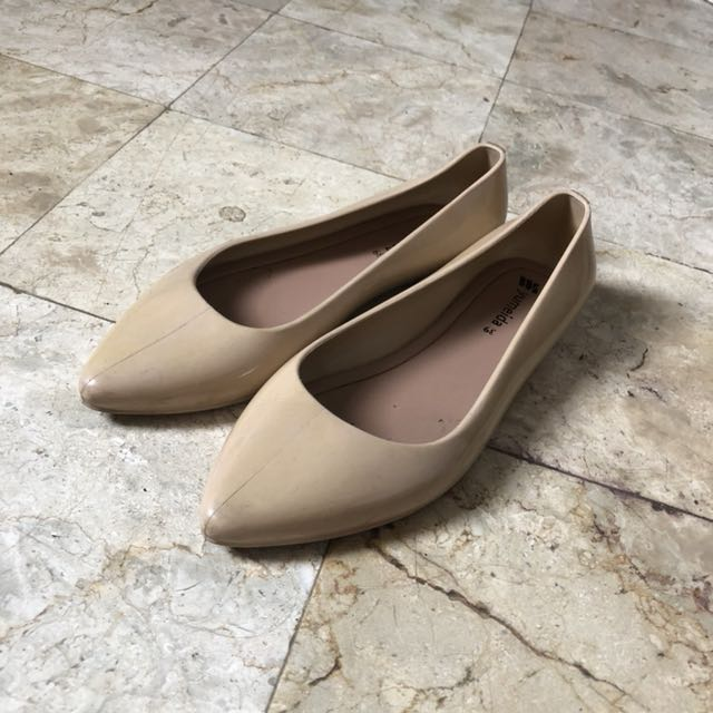 Jelly Pointed Flat Shoes