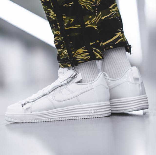 353e6ffe61c3 Looking For   Nike Lunar Air Force 1 Acronym US 10