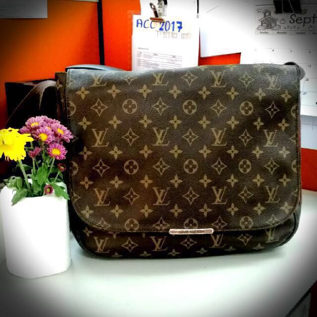 LOUIS VUITTON REPLICA - Early Christmas Sale ❤ , Women's Fashion, Bags & Wallets on Carousell