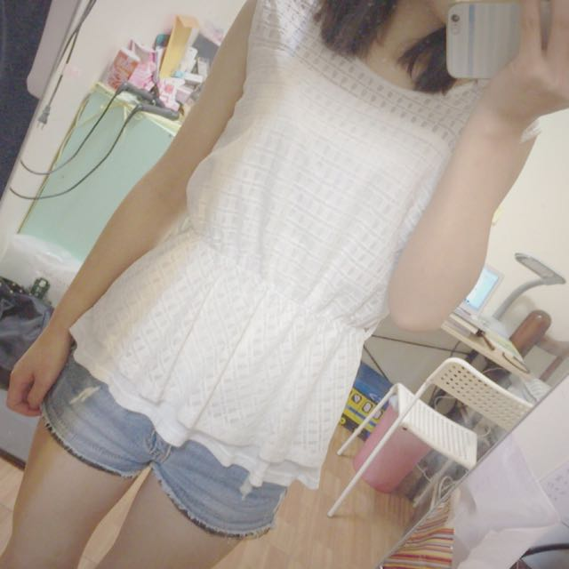 《出清》氣質款無袖白上衣Made In Korea