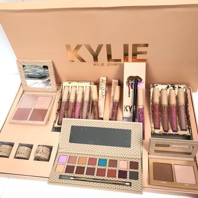 Make Up Kylie Jumbo