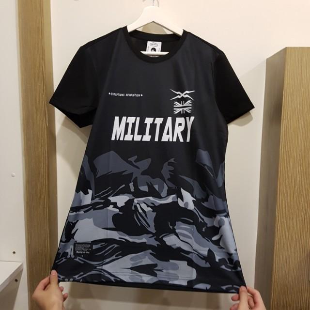 Military Half Camouflage t shirt
