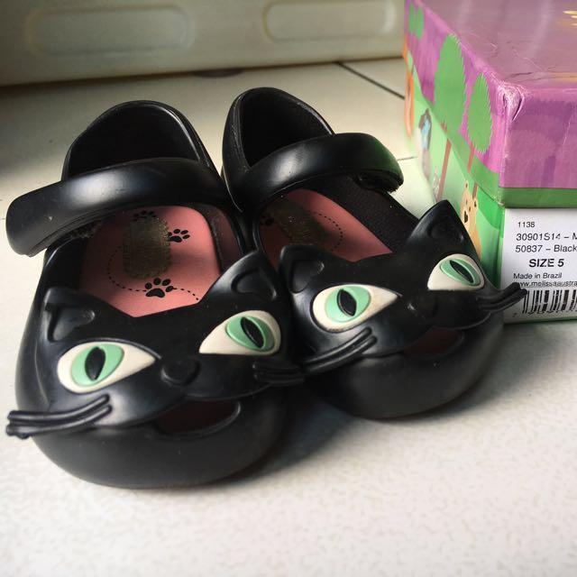 Mini melissa cat size 5