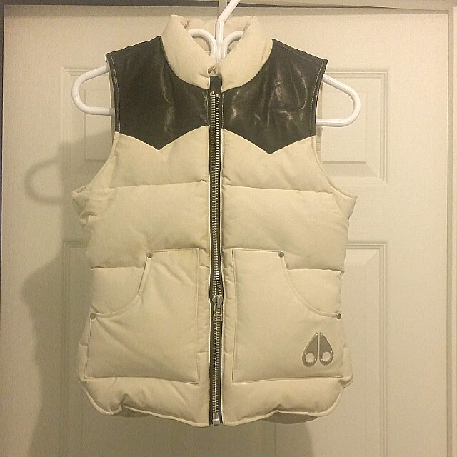 Moose Knuckles down vest