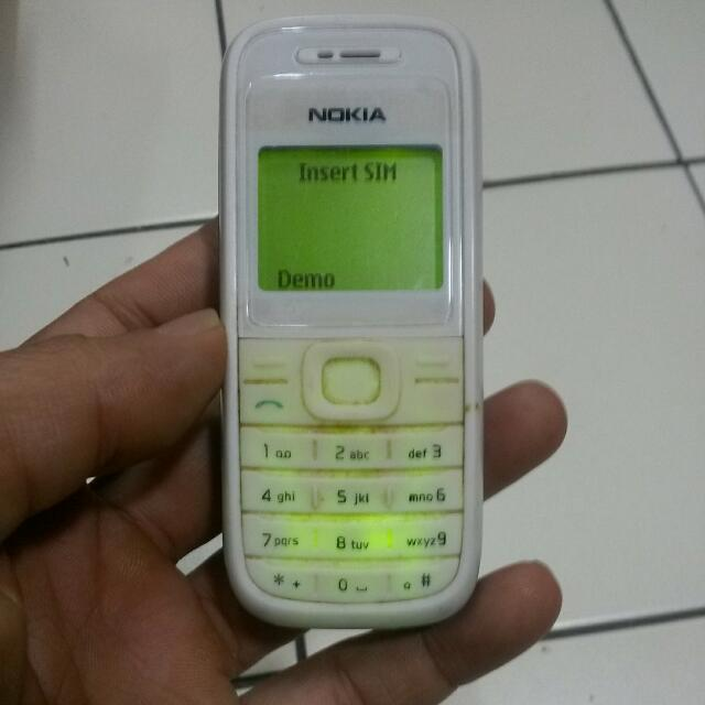 Nokia 1200 (Boleh Buat Kerja Lasak)