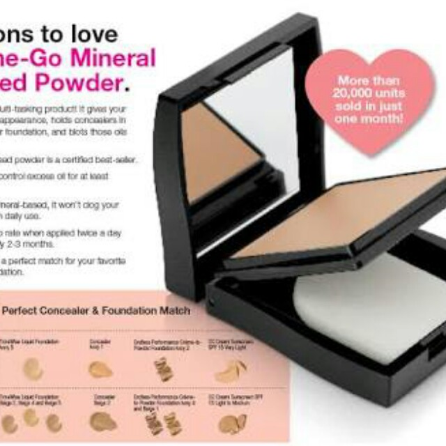 On the go mineral pressed powder