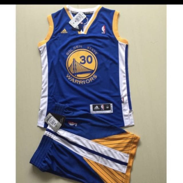 e59639f4111d PO  NBA Golden State Warriors Stephen Curry Kids Swingman Jersey ...