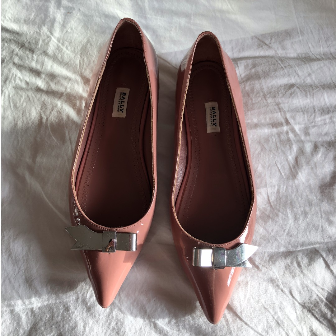 Pre-owned BALLY patent leather flats Nude color 38