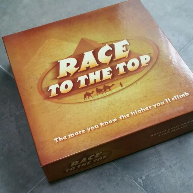 Reader's Digest Race To The Top Board Game