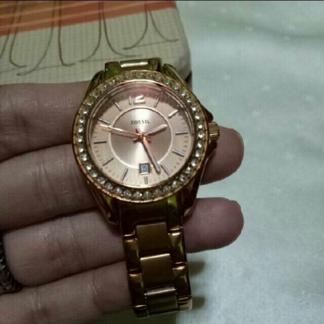 Repriced Fossil rose gold watch