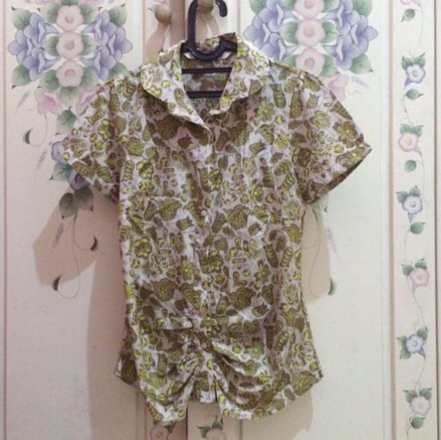 Short Sleeved Shirt / Kemeja Lengan Pendek Batik