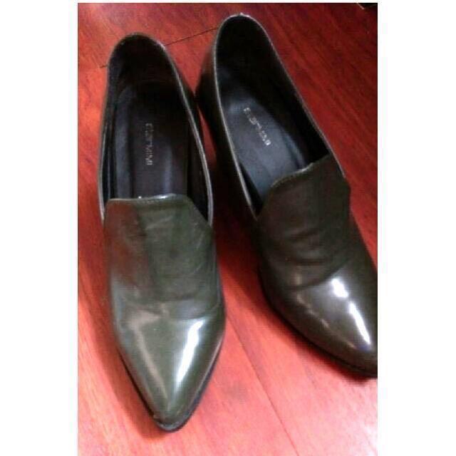 STARMIMI 尖頭款 中跟鞋 粗跟鞋 深墨綠款 OL必備 通勤鞋 復古 Size 25/39