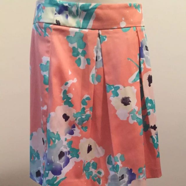 Sz 12 REVIEW floral skirt nwot