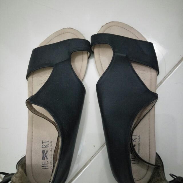 Tlsn sandal