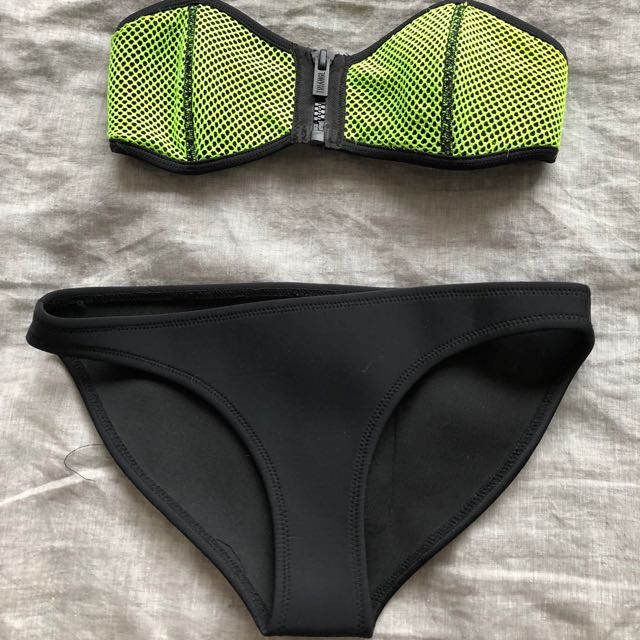 Triangl bathers XS top S bottoms