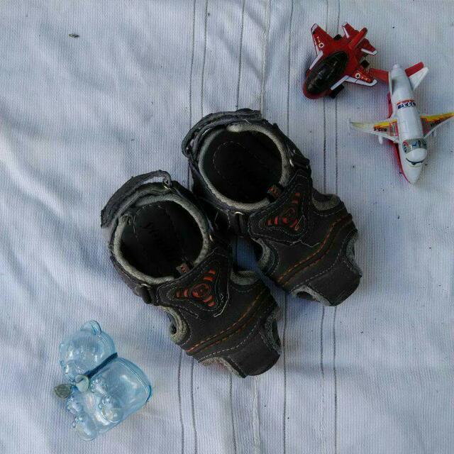 REPRICED! Unbranded Toddler Sandals For Boys