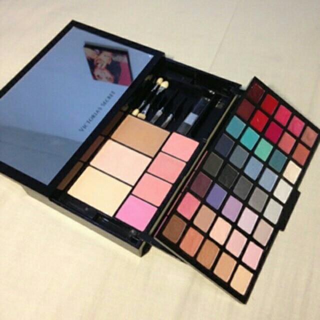 victoria's portable make up kit 100% ORI