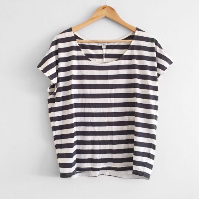 White and Navy striped tee