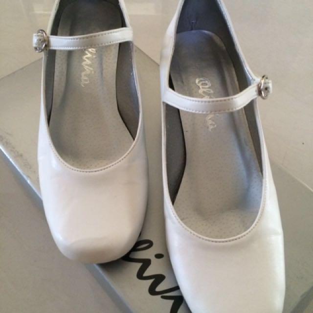 White Gala Shoes (size 6.5)
