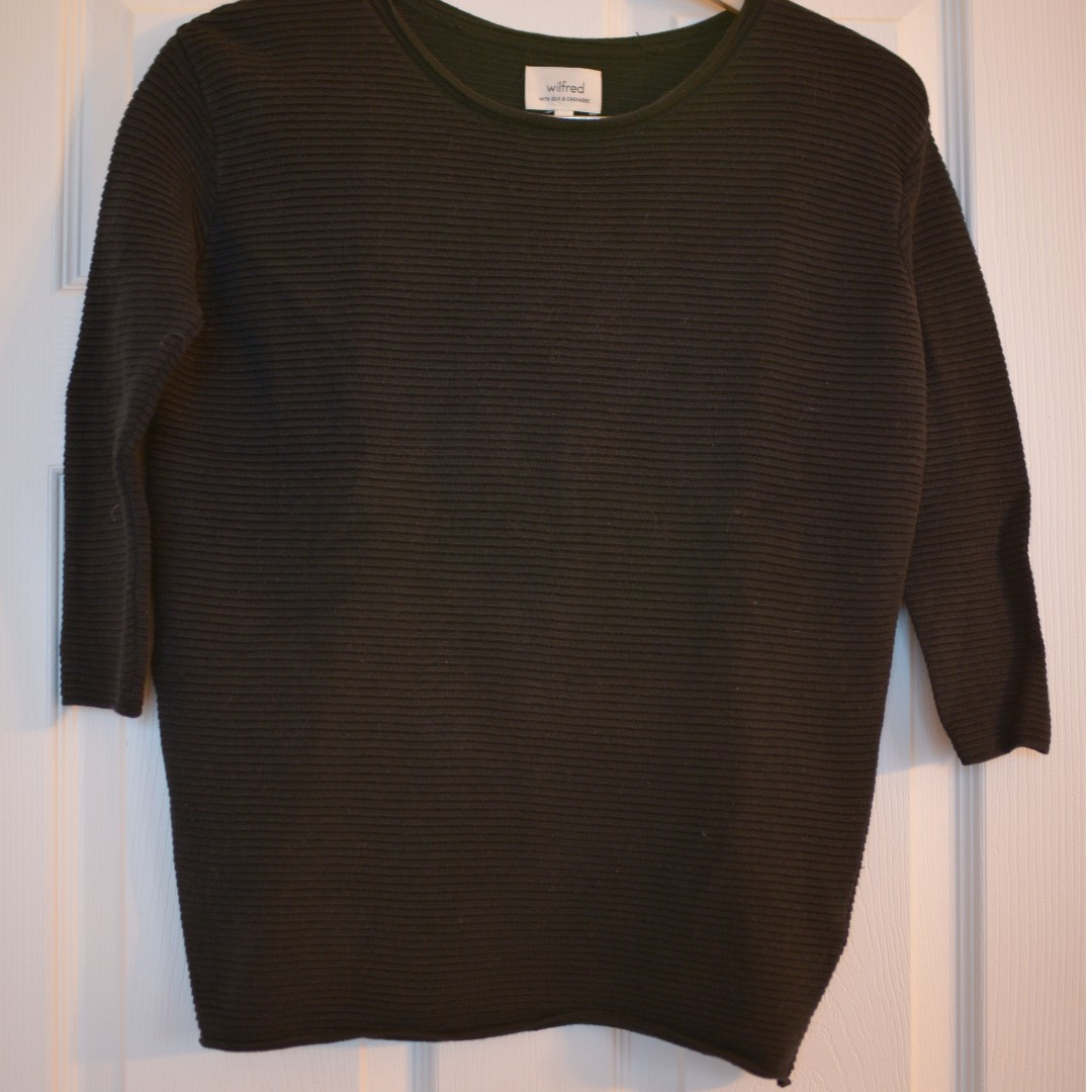"Wilfred ""Blanchard"" Sweater, size xxs"