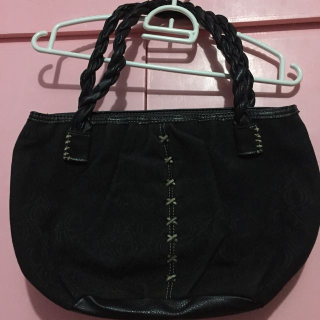 XOXO shoulder bag authentic