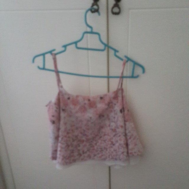 Zalora Floral Crop Top