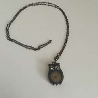 Faux vintage owl clock necklace